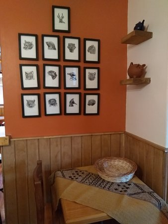 Les invitamos a apreciar nuestra decoración interior.