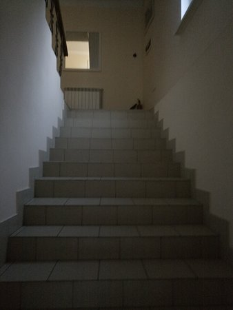 Yukka: Лестница на второй этаж