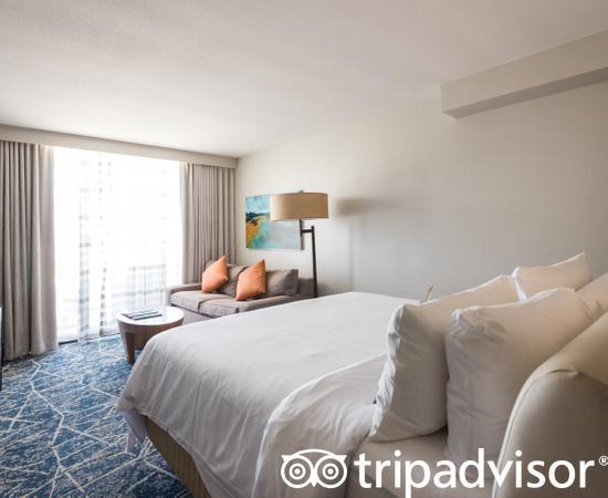 The King Bedroom at the Waikoloa Beach Marriott Resort & Spa