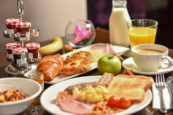 Continental buffet breakfast with hot items