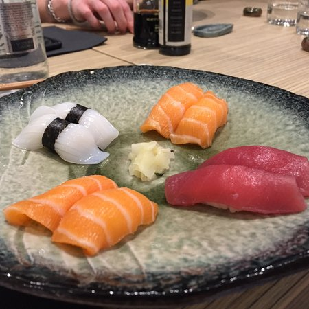 b.sushi: Les poissons chez bsushi