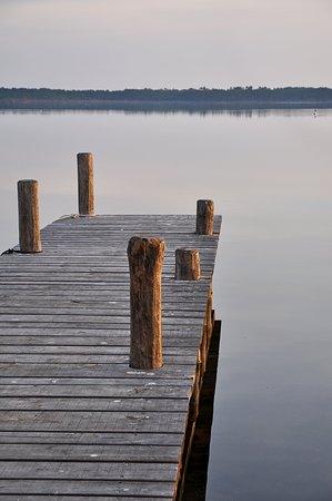 Гизоначча, Франция: Calm waters of l'Etang d'Urbinu, Corsica's second largest lake famous for shellfish farming.