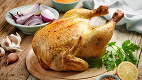 Тулуза, Франция: poulet fermier du lauragais label rouge  Pour votre poulet Fermier du Dimanche , vous pouvez réserver soit le Samedi matin soit le Dimanche matin à partir de 9 h 30  RESERVATIONS AU 05 61 52 28 59  BON APPETIT CHEZ ALEX 51 Allées des Demoiselles 31400 TOULOUSE
