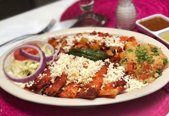 Hacienda San Miguel Mexican Restaurant and Bar: Enchiladas Mineras Rojas