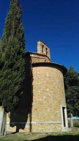 La piccola cappella della Madonna di Vitaleta