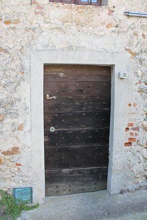Chiesa di san Martino: Боковая дверь