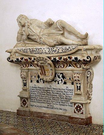 Chiesa del Varò: Tomb of the Count Giovanni Romano Denti