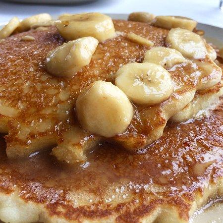 Sunday Brunch @ Sky's... Bananas Foster Pancakes!