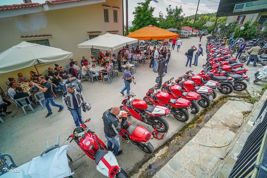 Συγκέντρωση μοτοσυκλετών Ducati Ψήνεται  DucatiPsinetai moto event