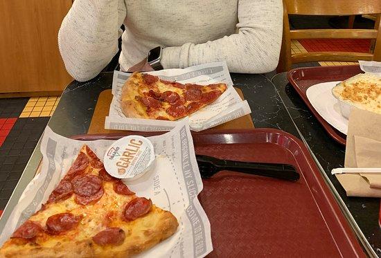 Sbarro: Pizza