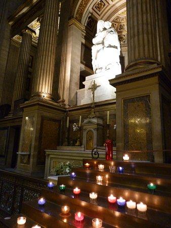 La Madeleine: Virgen María y Niño Jesús