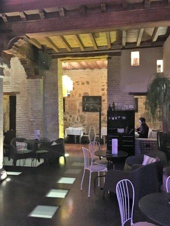 Restaurante Alfileritos 24: Hall