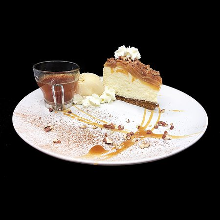 Charisma Cafe & Dessert House: Our signature creation - Apples-to-Apples cheesecake