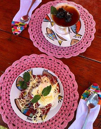 Sobremesas bolo de rolo com goiabada e sorvete de queijo, para fechar com chave de ouro o almoço!
