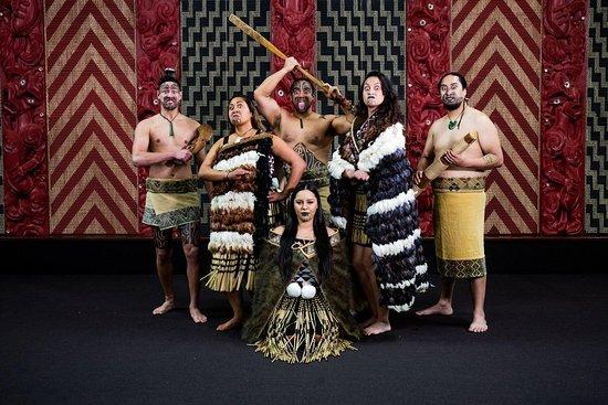 He Tāngata - Experience Māori
