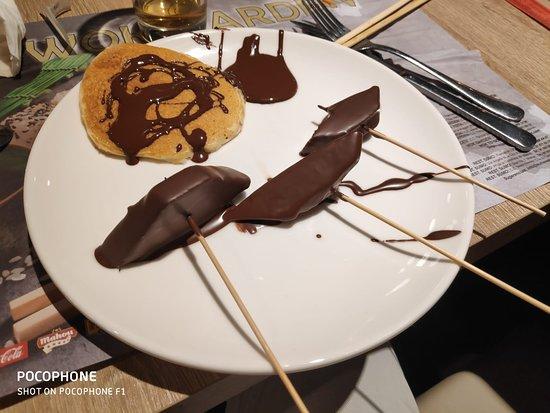 Wok Garden: Tortitas y frutas al chocolate