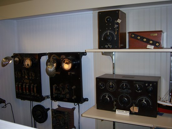 Bloomfield, Нью-Йорк: Antique Wireless Museum - Marconi collection