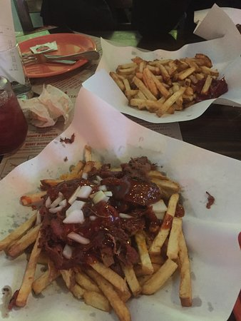 Rancho Bernardo, Kalifornien: Trip-tip french fries - what a DELICIOUS & juicy combination!!