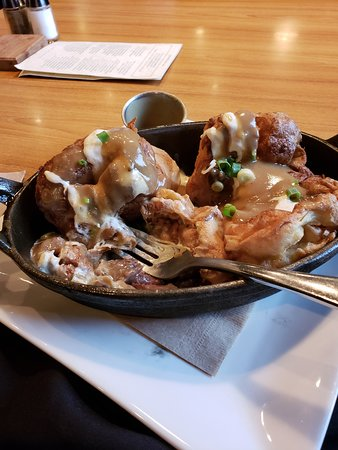 The Noble Pig Brewhouse: Yorkshire with meat inside and gravy