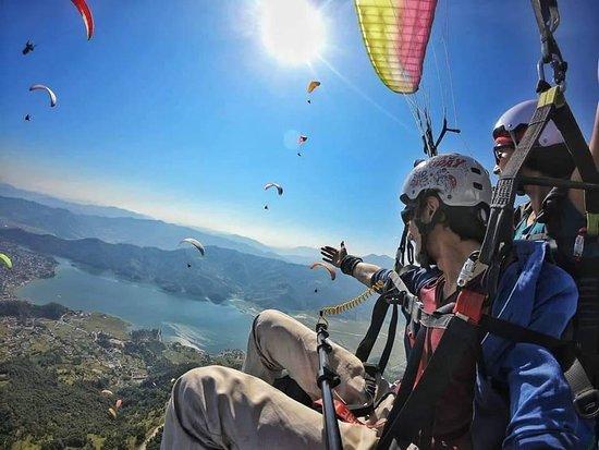 Monal Paragliding