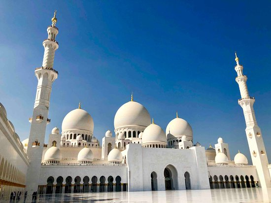 Sheikh Zayed Grand Mosque Center 23