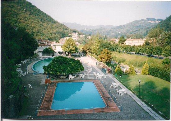 Equi Terme, Italy: Piscine termali al mattino prima dell'apertura