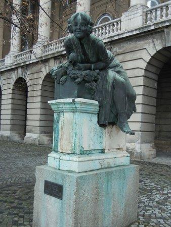 Csongor and Tude Statue