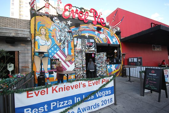 Evel Pie: Great street presence, paid parking around the back