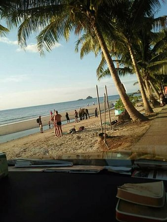Taxi Big Tour Group: ชาย หาด พัทยา สวยงามครับ