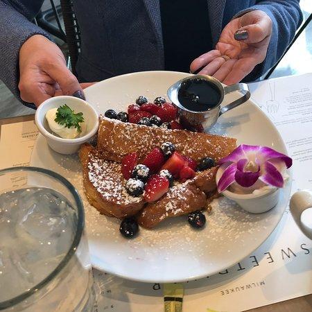 Love breakfast food