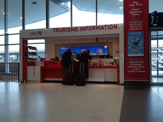 Tourist Information Desk - CDG Terminal 2D