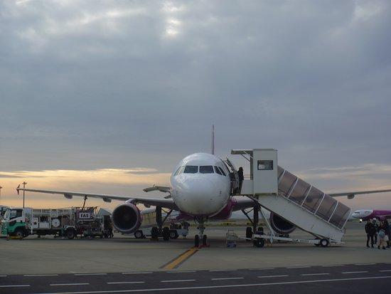 Peach Aviation: A320-214 JA815P