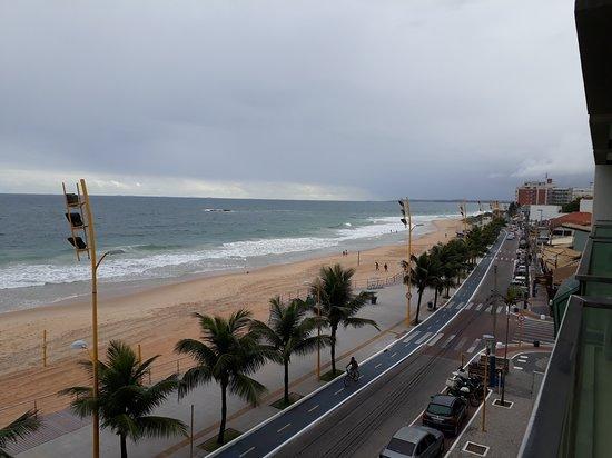 Hotel Brisa Tropical de Macae: Quarto número par é de frente para orla/praia