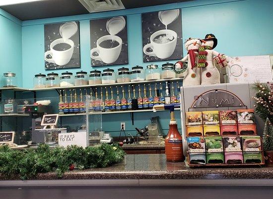 Bremen, IN : Drink counter