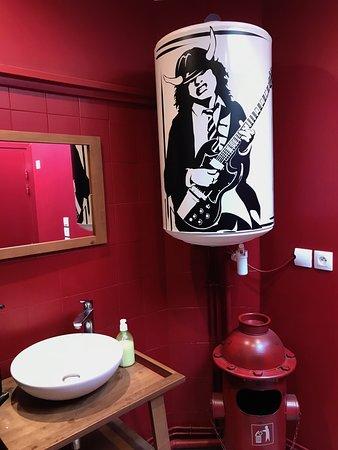 Au P'tit Sainghin: décor des WC