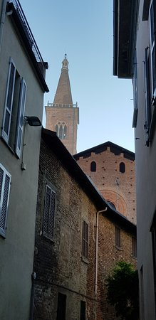 Chiesa di Santa Maria del Carmine: VERSO LA CHIESA