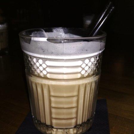 Veloria 90s Bar