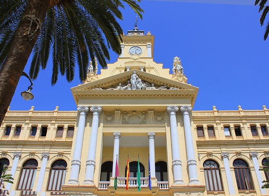 Mira Mira: La mairie