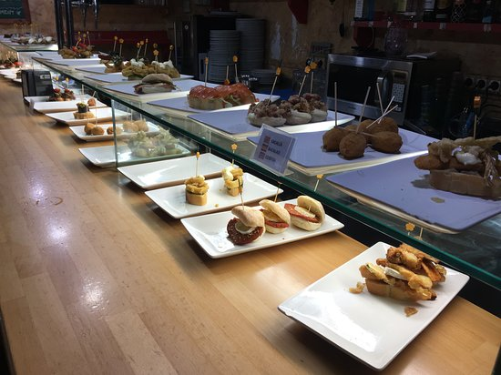 BLAI TONIGHT: Pintxos selection
