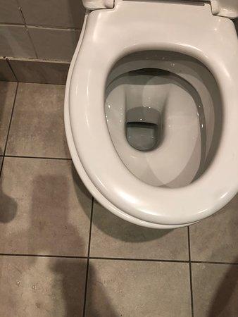 Loose creaky seat, not clean