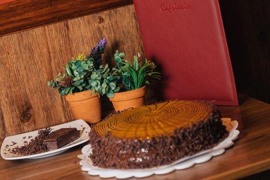 Capriccio: Nuestra torta estrella, Chocolate.