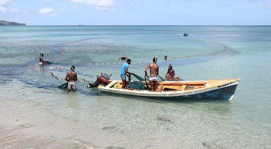 Recorrido fotográfico de Santa Lucía: St Lucian Fishing 2
