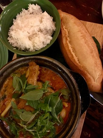 Morning Glory Restaurant: Duck leg curry