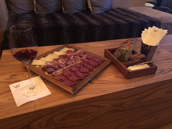 Happy Hour In W Living Room Picture Of W Verbier Tripadvisor
