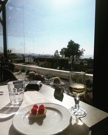 Anezi Tower Hotel: Restauracja