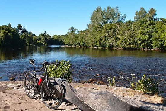 Cycle to Loch Ness - Auto-guide