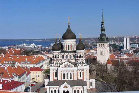 2-Hour Guided Walking Tour of Tallinn