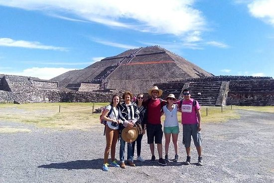 Små gruppe Teotihuacan Pyramider fra...