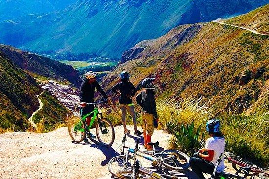 Bike Tour till Moray och Salt Mines ...