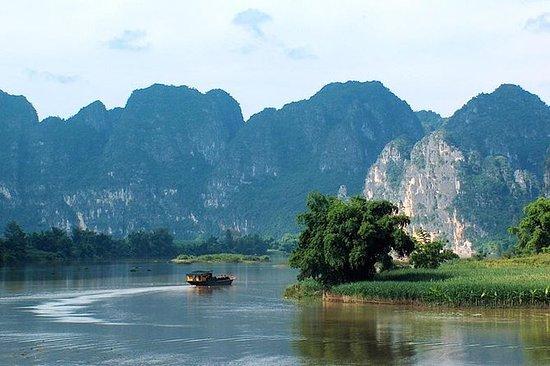 Yangshuo gamleby og Li River Cruise...